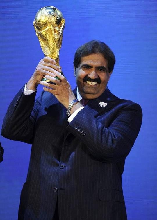 World Cup Qatar 2022 dậy sóng với nghi án FIFA nhận hối lộ - Ảnh 5.