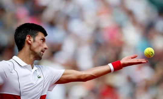Roland Garros 2018: Djokovic thắng nhọc, Nishikori thoát hiểm - Ảnh 1.
