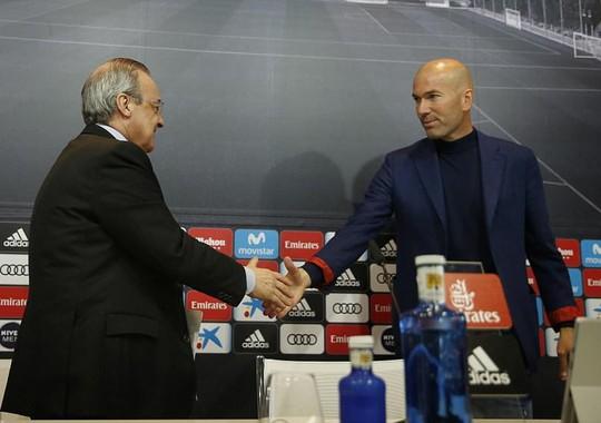 Zidane từ chức, cả châu Âu nín thở ngóng Real Madrid - Ảnh 1.