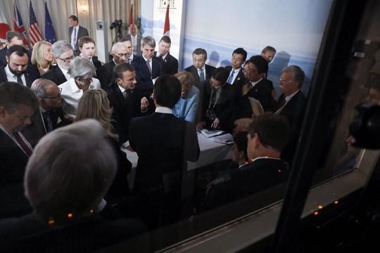 Đại chiến đọ ảnh tại G7: 5 phiên bản, 5 câu chuyện đối lập - Ảnh 3.