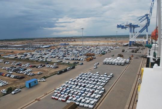 Bị Sri Lanka phản ứng, Trung Quốc treo hơn nửa tỉ USD tiền thuê cảng - Ảnh 1.