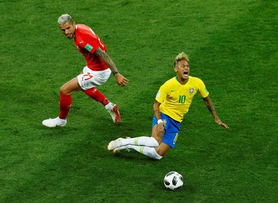 Nếu Neymar cứ mãi nhăn nhó - Ảnh 1.