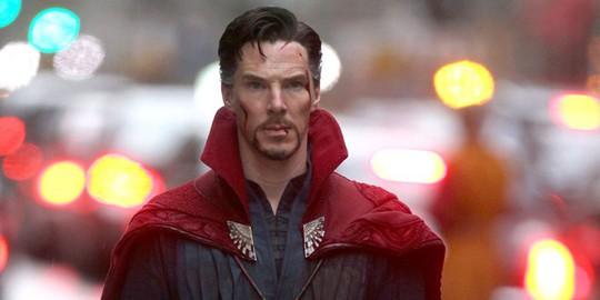 Benedict Cumberbatch đánh 4 tên côn đồ, cứu người - Ảnh 2.