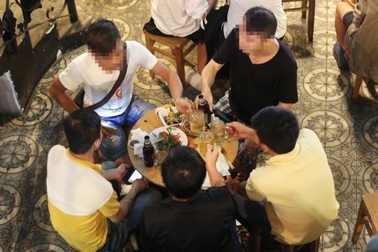 Người Việt uống rượu bia nhiều hay ít? - Ảnh 1.
