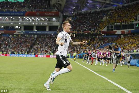 """Thắng Thụy Điển, Đức """"phát"""" cơ hội và rủi ro cho cả bảng F - Ảnh 1."""
