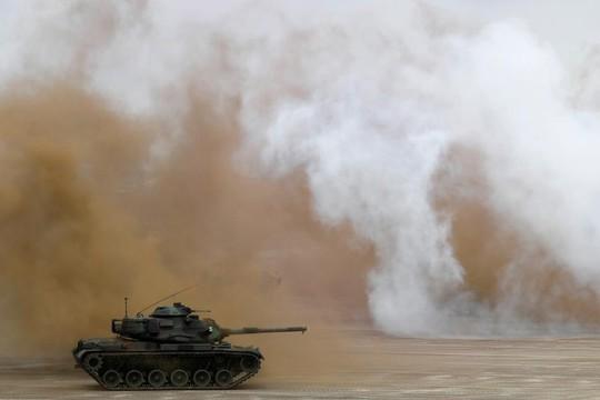 Bị Trung Quốc đe dọa, Đài Loan tập trận lớn - Ảnh 7.
