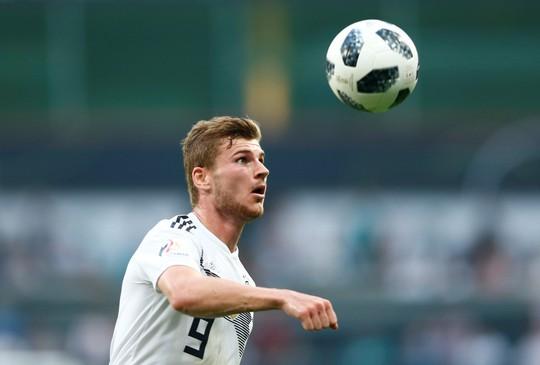 Xe tăng Đức càn phá, Ả Rập Saudi lập hat-trick thua - Ảnh 3.