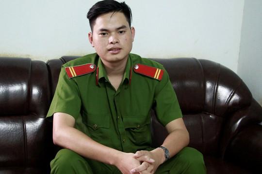 Trung sĩ đạt điểm 10 môn sử - Ảnh 1.