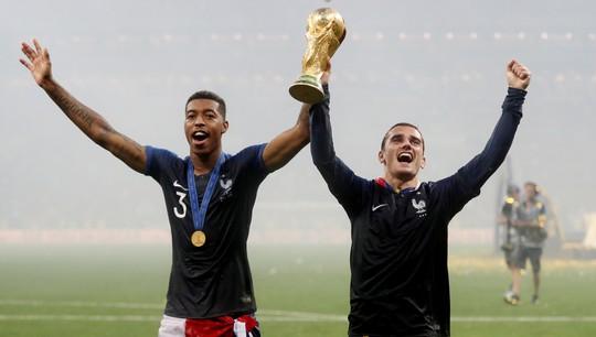 Griezmann đã chuẩn bị sẵn áo đấu tuyển Pháp gắn 2 sao trước trận chung kết - Ảnh 4.