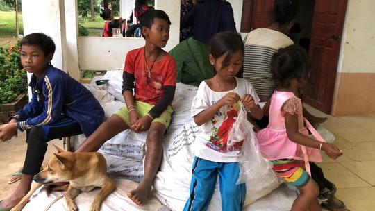 Chùm ảnh 2.800 người bị ảnh hưởng vỡ đập ở Lào sống ra sao? - Ảnh 7.