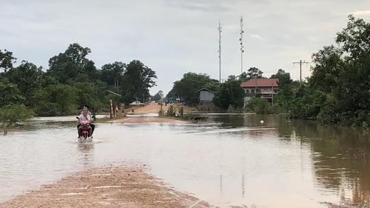 Chùm ảnh 2.800 người bị ảnh hưởng vỡ đập ở Lào sống ra sao? - Ảnh 13.