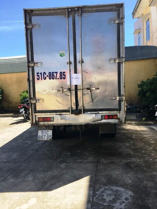 CSGT bắt kẻ trộm xe tải - Ảnh 1.