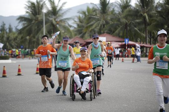 VĐV Suzaki Yuuya về nhất 42 km, cuộc thi Marathon Quốc tế Đà Nẵng - Ảnh 17.