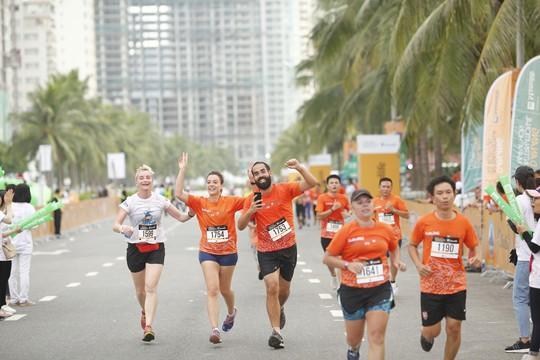 VĐV Suzaki Yuuya về nhất 42 km, cuộc thi Marathon Quốc tế Đà Nẵng - Ảnh 8.