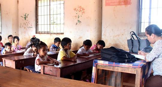 Quên chế độ vùng khó khăn của giáo viên - Ảnh 1.