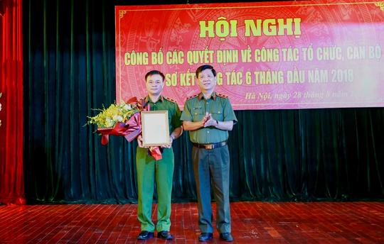 Bộ Công an bổ nhiệm 1 trung tướng làm tư lệnh cảnh sát cơ động - Ảnh 1.
