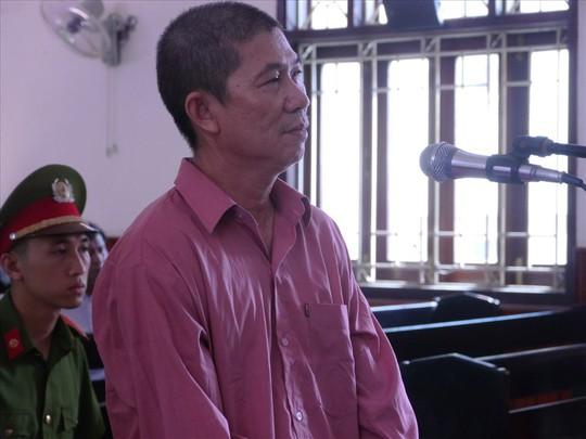 8 năm tù cho cựu cán bộ Cục Thuế Bình Định nhận hối lộ - Ảnh 1.