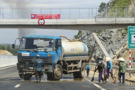 VEC nói về trách nhiệm nếu có tai nạn trên cao tốc Đà Nẵng – Quảng Ngãi - Ảnh 2.
