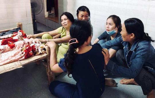 Quảng Ngãi: Thai phụ tử vong tại bệnh viện, người nhà bức xúc - Ảnh 1.