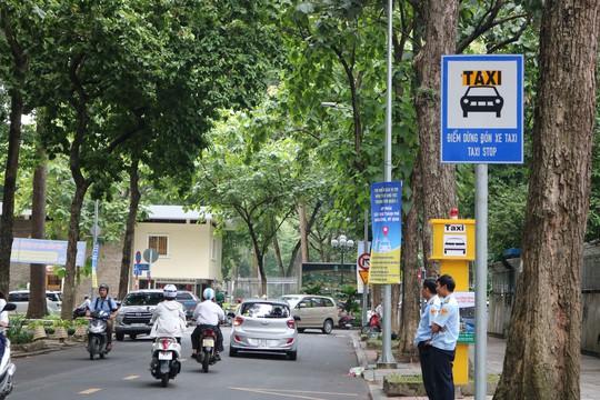 TP HCM: Chỉ cần bấm nút là taxi đến rước! - Ảnh 4.