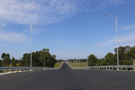 Quảng Nam thông xe đường xương sống của Tam Kỳ, kết nối cao tốc - Ảnh 1.