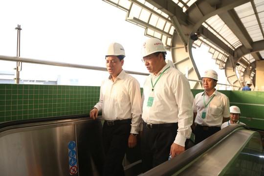 Cận cảnh lăn bánh chạy thử 5 đoàn tàu đường sắt trên cao Cát Linh-Hà Đông - Ảnh 4.