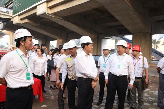 Cận cảnh lăn bánh chạy thử 5 đoàn tàu đường sắt trên cao Cát Linh-Hà Đông - Ảnh 12.