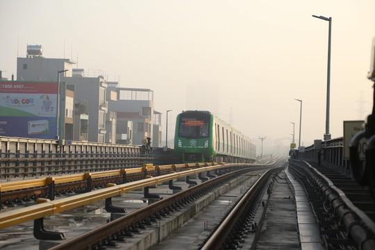 Cận cảnh lăn bánh chạy thử 5 đoàn tàu đường sắt trên cao Cát Linh-Hà Đông - Ảnh 14.
