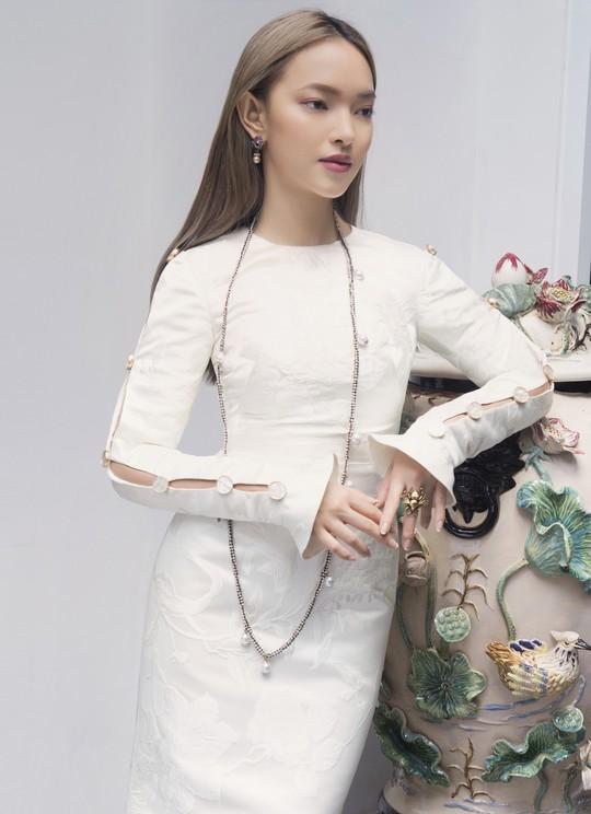 Qua tay Công Trí, fashionista 9X Châu Bùi càng lột xác - Ảnh 2.