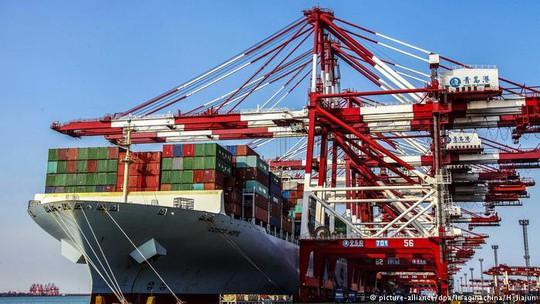 Mỹ: Mức thuế lên 200 tỉ USD hàng hóa Trung Quốc có hiệu lực - Ảnh 1.