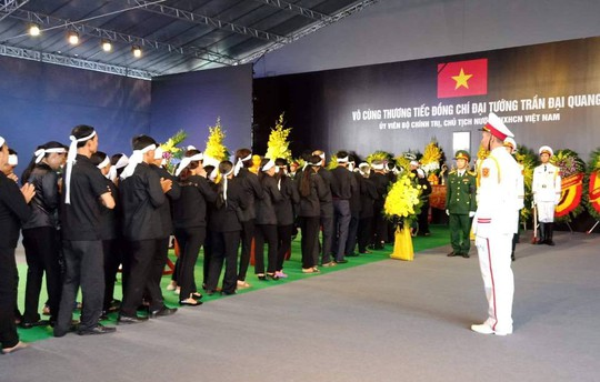 Chủ tịch nước Trần Đại Quang đã về với đất mẹ quê hương - Ảnh 4.