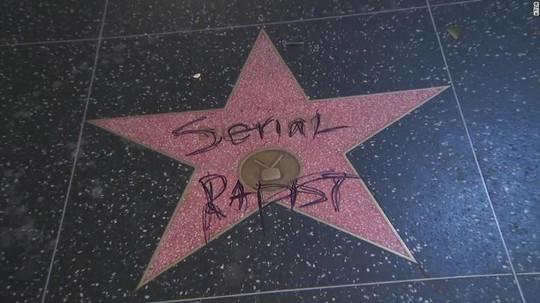 Ngồi tù vì tấn công tình dục, danh hài Mỹ vẫn được giữ sao ở Đại lộ danh vọng - Ảnh 3.