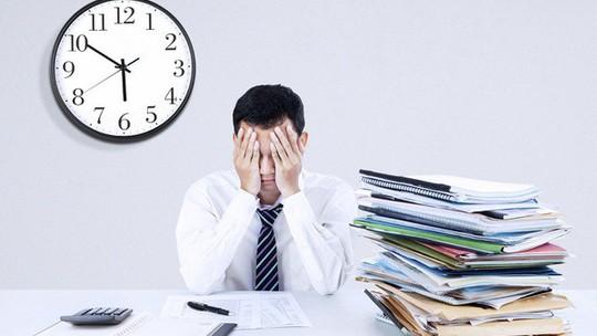 Trả lương làm thêm giờ cho người lao động - Ảnh 1.
