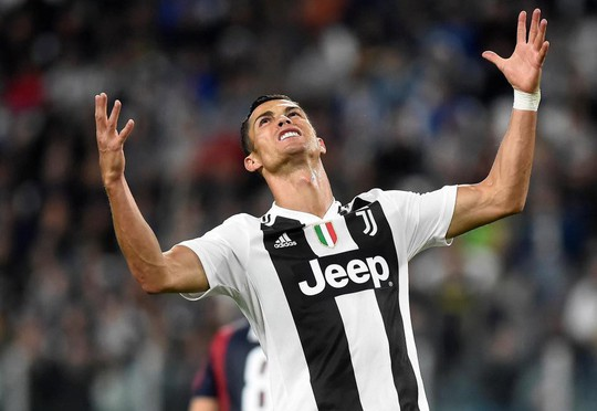 Ronaldo bị tố cáo dùng tiền ém một vụ cưỡng dâm - Ảnh 1.