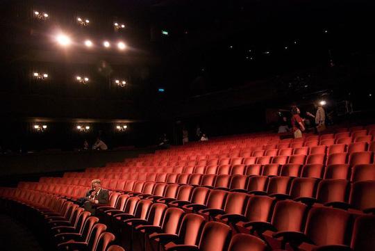 Lật tẩy chiêu rạp đầy nhưng rỗng của nhà đầu tư phim Trung Quốc - Ảnh 2.
