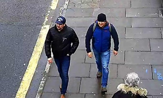 Vụ đầu độc điệp viên 2 mang Sergei Skripal: Anh buộc tội 2 người Nga - Ảnh 5.