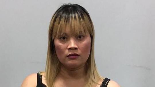 Campuchia: Bắt một phụ nữ gốc Việt mang gần 2 kg heroin - Ảnh 1.