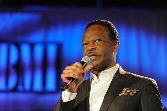 Ca sĩ đoạt Grammy qua đời vì ung thư - Ảnh 1.