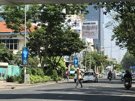 Người Sài Gòn ít biết đi bộ sai sẽ ngồi tù - Ảnh 6.
