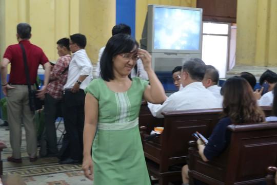Đại gia Hứa Thị Phấn vắng mặt trong phiên xử Trầm Bê - Ảnh 1.