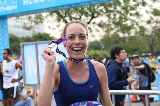 Choáng ngợp với 8.000 VĐV ở Giải Marathon TP HCM 2018 - ảnh 8