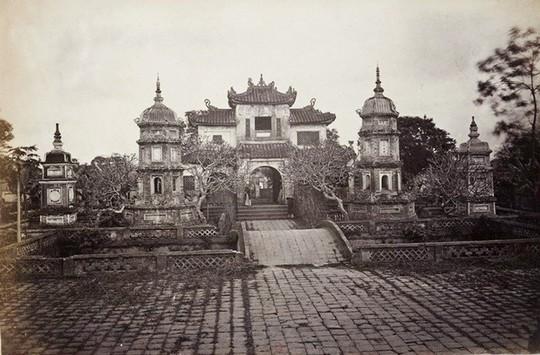 Thú vị diện mạo Hồ Gươm hơn 1 thế kỷ trước - Ảnh 2.