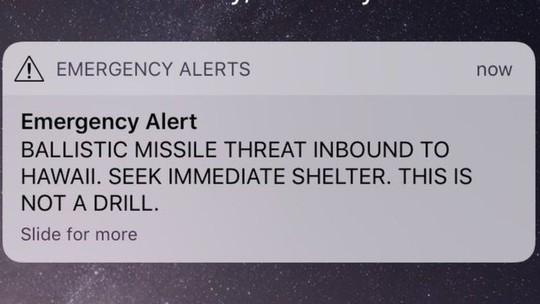 Dân Hawaii tá hỏa vì báo động tên lửa do bấm nhầm nút - ảnh 1
