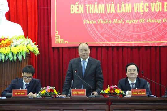 Thủ tướng Nguyễn Xuân Phúc cùng đoàn công tác làm việc với ĐH Huế