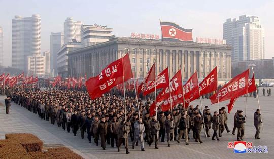 Tại sao Triều Tiên im ắng trong ngày sinh nhật ông Kim Jong-un? - Ảnh 2.