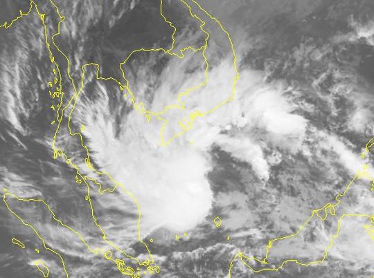 Bão số 1 mạnh lên giật cấp 11, Nam Bộ mưa lớn - Ảnh 2.