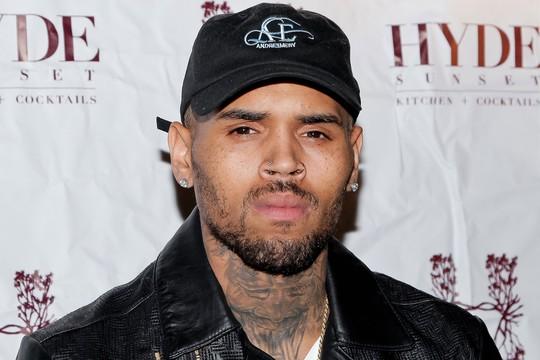 Ca sĩ Chris Brown được thả sau tố cáo hiếp dâm - Ảnh 2.