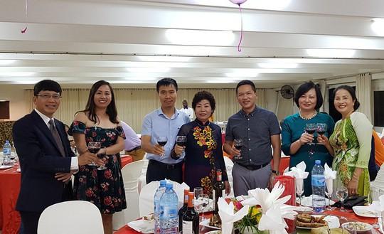 Người Việt tại Mozambique gặp gỡ mừng Xuân Kỷ Hợi - Ảnh 10.