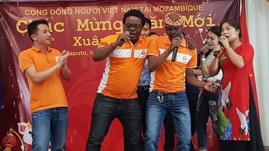 Người Việt tại Mozambique gặp gỡ mừng Xuân Kỷ Hợi - Ảnh 9.