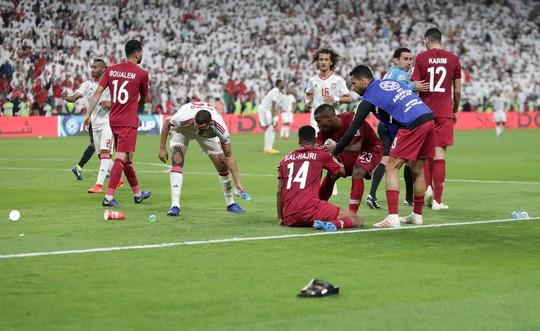 Nỗi hổ thẹn mang tên UAE sau thảm bại ở bán kết Asian Cup - Ảnh 3.